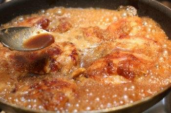 Chicken-with-Garlic-Onion-Sauce-6-550x366