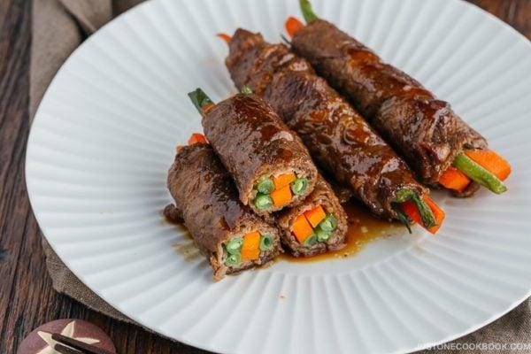 Teriyaki Steak Rolls 野菜の牛肉巻き   Easy Japanese Recipes at JustOneCookbook.com