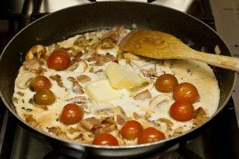Chicken Scallopini with Lemon Butter Pasta 7