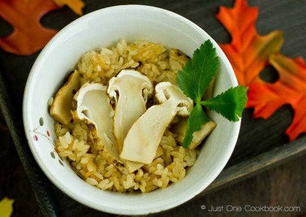Matsutake Gohan (Wild Pine Mushroom Rice) Recipe | JustOneCookbook.com