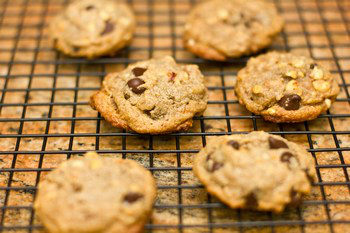 Peanut Butter Chocolate Chip Cookies 4