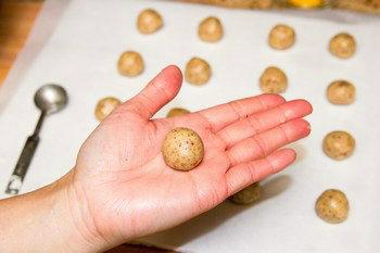 Almond Cookies 4