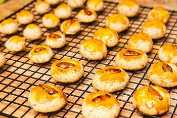 Almond Cookies 7