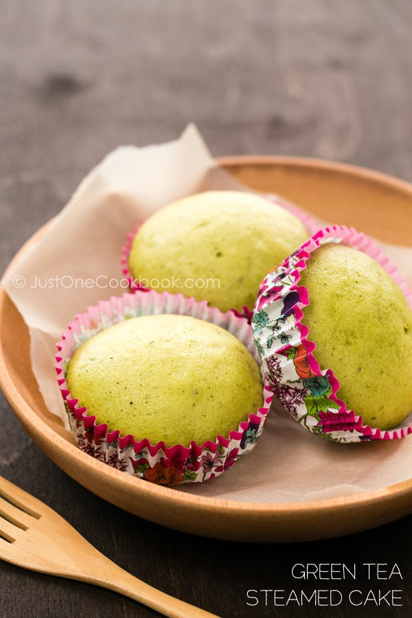 Green Tea Steamed Cake | JustOneCookbook.com