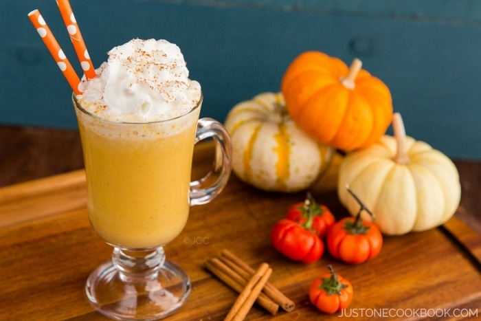 Pumpkin Smoothie • Just One Cookbook