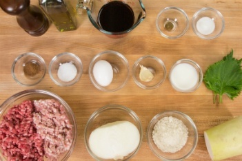 Wafu Hambagu Ingredients