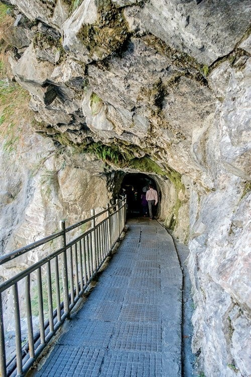 Eternal Spring Shrine Taroko National Park | Just One Cookbook