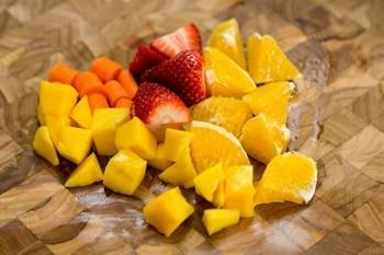 Strawberry Mango Smoothie 1