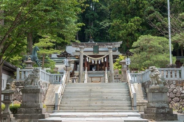 Sakurayama Hachiman Shrine | Just One Cookbook