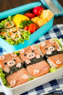 Piggy Spam Musubi Bento | Easy Japanese Recipes at JustOneCookbook.com