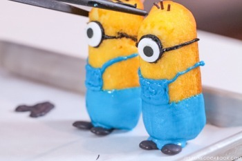 Twinkie Minions 12