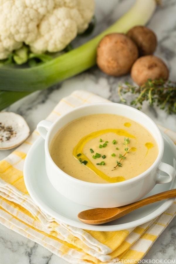 Creamy Roasted Cauliflower Soup | JustOneCookbook.com