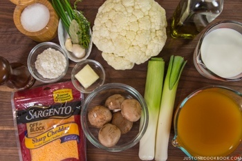 Creamy Roated Caulifower Soup Ingredients