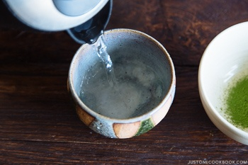 how-to-make-matcha-6