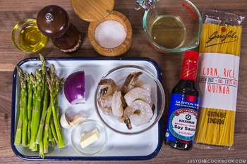 Easy Wafu Pasta with Shrimp and Asparagus Ingredients