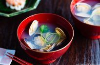 Japanese Clam Soup with Clear Broth あさりの潮汁