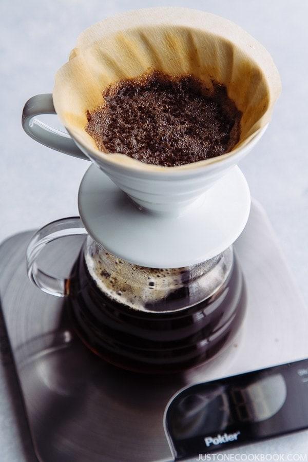 Japanese Iced Coffee アイスコーヒー   Easy Japanese Recipes at JustOneCookbook.com
