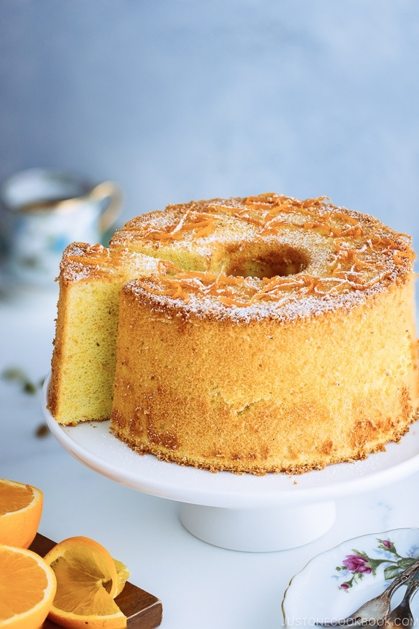 what makes   perfect chiffon cake and how to achieve it?