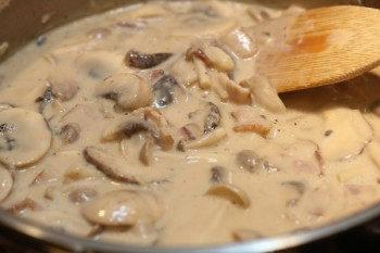 Creamy Mushroom Bacon Spaghetti O Just One Cookbook