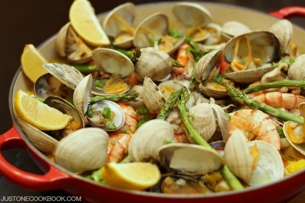 Easy Paella in a pot.