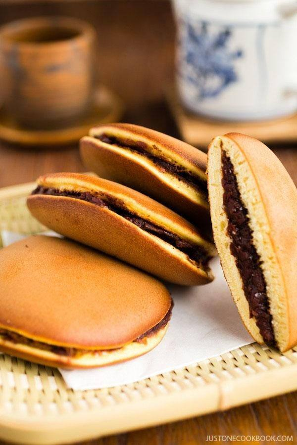 Dorayaki on a bamboo basket.