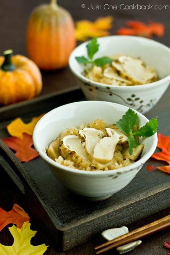 Matsutake Gohan in rice bowls.