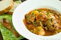 Oxtail Soup – Hong Kong Style Borscht