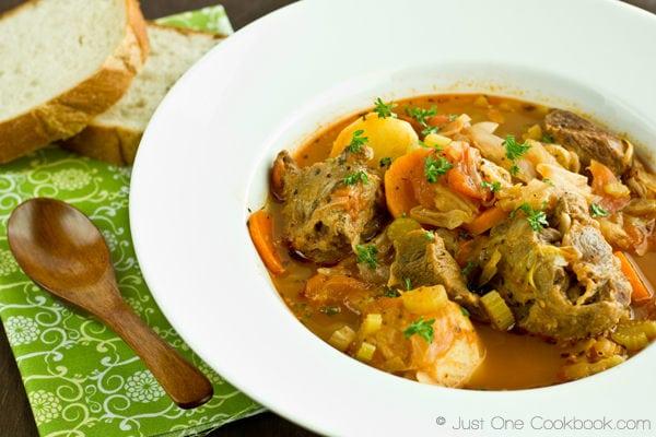 Oxtail Soup Hong Kong Style Borscht Just One Cookbook