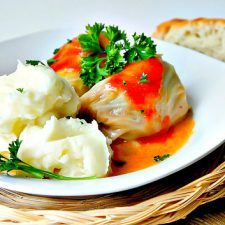 Sour Cabbage Meat Rolls