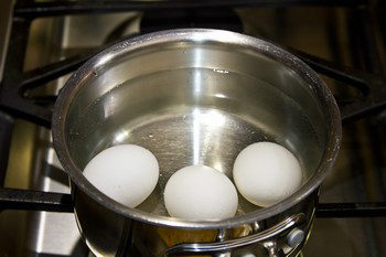 How to Make Perfect Hard Boiled Eggs 1