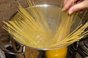 Ketchup Spaghetti 1
