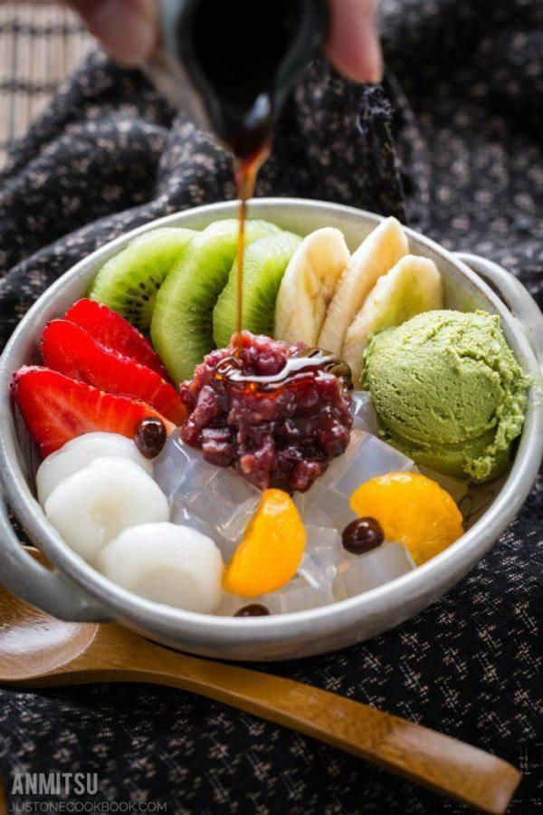 Fruit Anmitsu with shiratama dango in a bowl.
