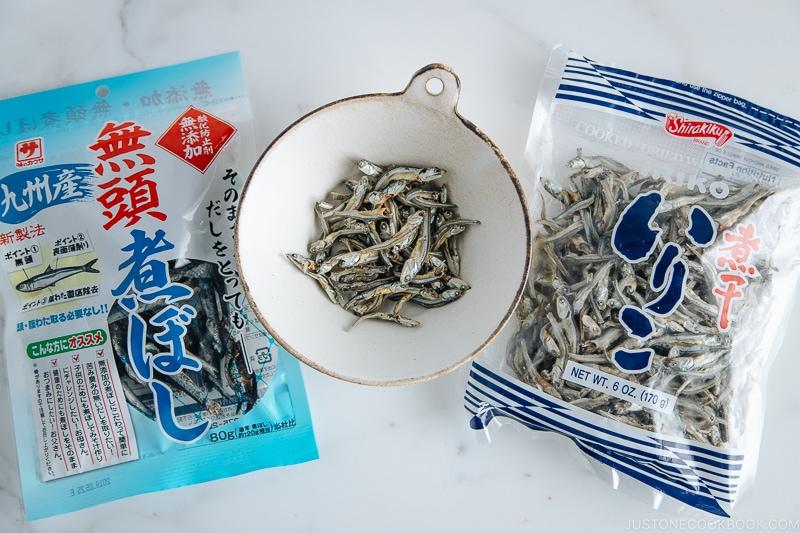 Anchovy (Iriko / Niboshi) | Easy Japanese Recipes at JustOneCookbok.comAnchovy (Iriko / Niboshi) | Easy Japanese Recipes at JustOneCookbok.com