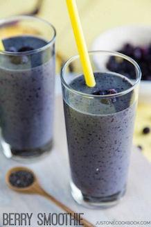 berry smoothie recipe | Just One Cookbook