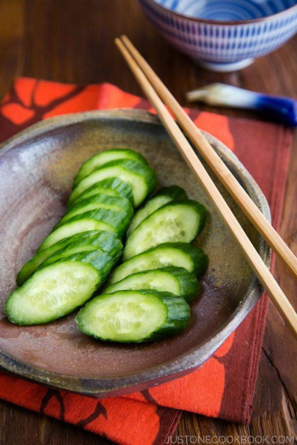 Sliced Pickled Cucumber on a plate.
