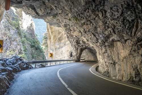 Swallow Grotto Taroko National Park | Just One Cookbook