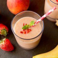 Strawberry Banana Smoothie | JustOneCookbook.com