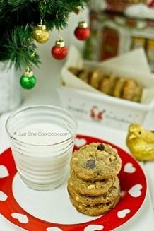Peanut Butter Chocolate Chips Cookies   JustOneCookbook.com