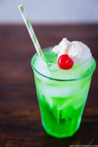 Cream Soda | Easy Japanese Recipes at JustOneCookbook.com