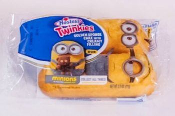 Twinkies in a package.