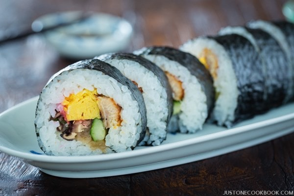 Futomaki Thick Sushi Roll 太巻き Just One Cookbook