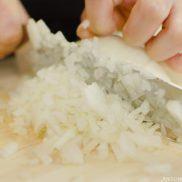 Mijingiri | Japanese Cutting Technique | Easy Japanese Recipes at JustOneCookbook.com