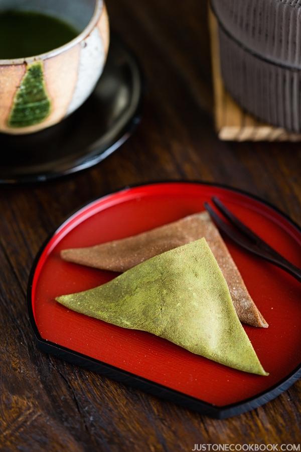 Nama Yatsuhashi (生八ツ橋) - Popular Cinnamon Mochi from Kyoto | Easy Japanese Recipes at JustOneCookbook.com