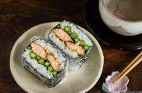Teriyaki Salmon Onigirazu 照り焼きサーモンおにぎらず
