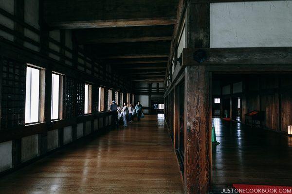 large hallways with wood floor inside himeji castle