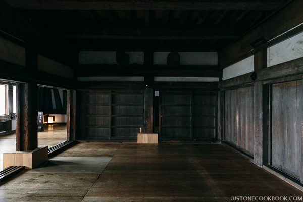 A large empty room in himeji castle