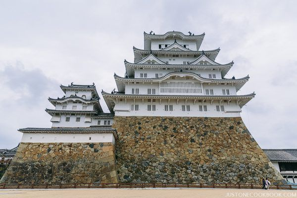 himeji castle from exterior