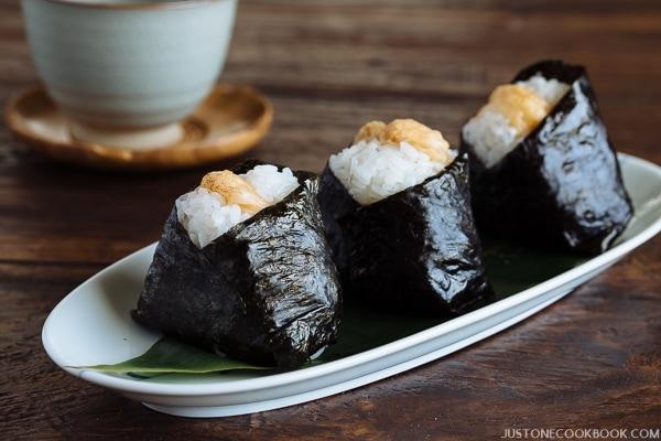 Tenmusu 天むす (Shrimp Tempura Rice Ball)   Easy Japanese Recipes at JustOneCookbook.com