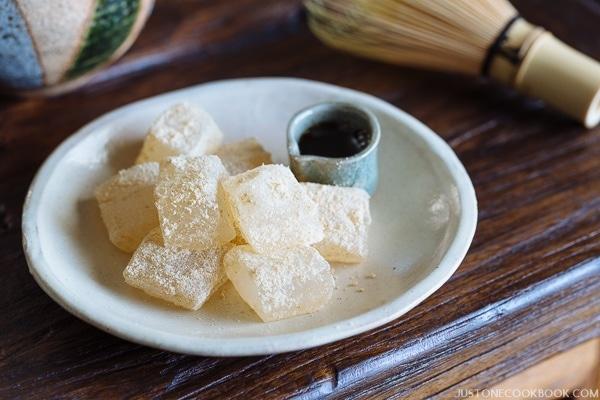Warabi Mochi   Easy Japanese Recipes at JustOneCookbook.com