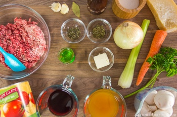 pressure-cooker-meat-sauce-ingredients